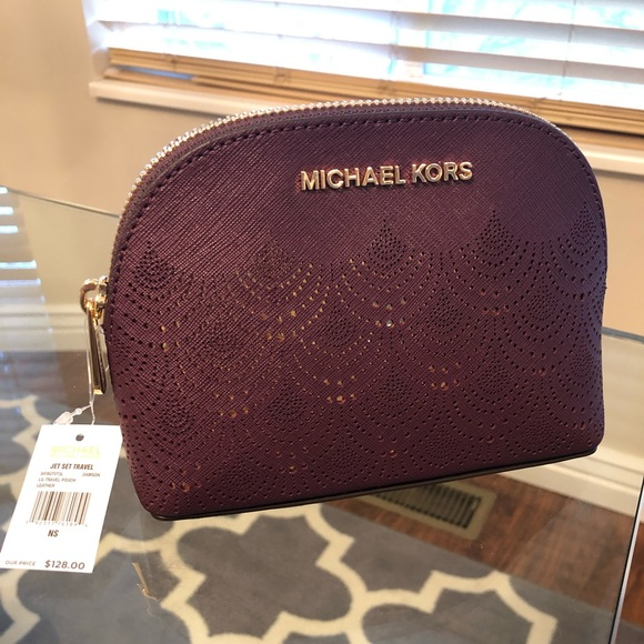73afa9cad84e Michael Kors Large Make Up Bag   Travel Pouch